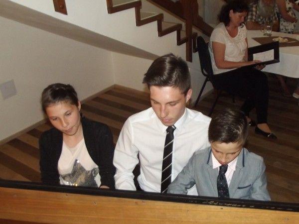 koncert-rodin-800x600Čiripovi-u-klavíru.jpg
